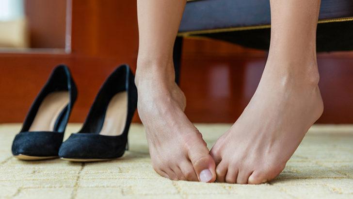 いや~な足の臭いを消す方法は?本当に効果がある対策おしえます!