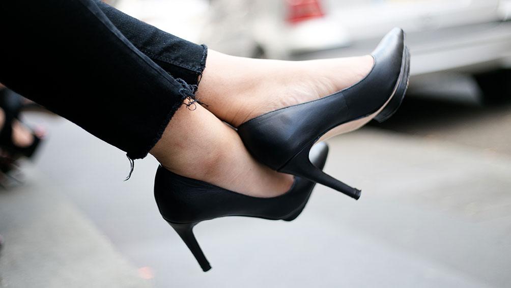 革靴の汚れを落とす身近にある裏技アイテムをご紹介!