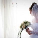 ウェディングドレスの髪型で人気なのは?最新花嫁事情を大調査!