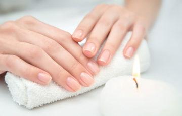 爪を見れば健康状態が分かる!ネイルヘルスチェックの方法