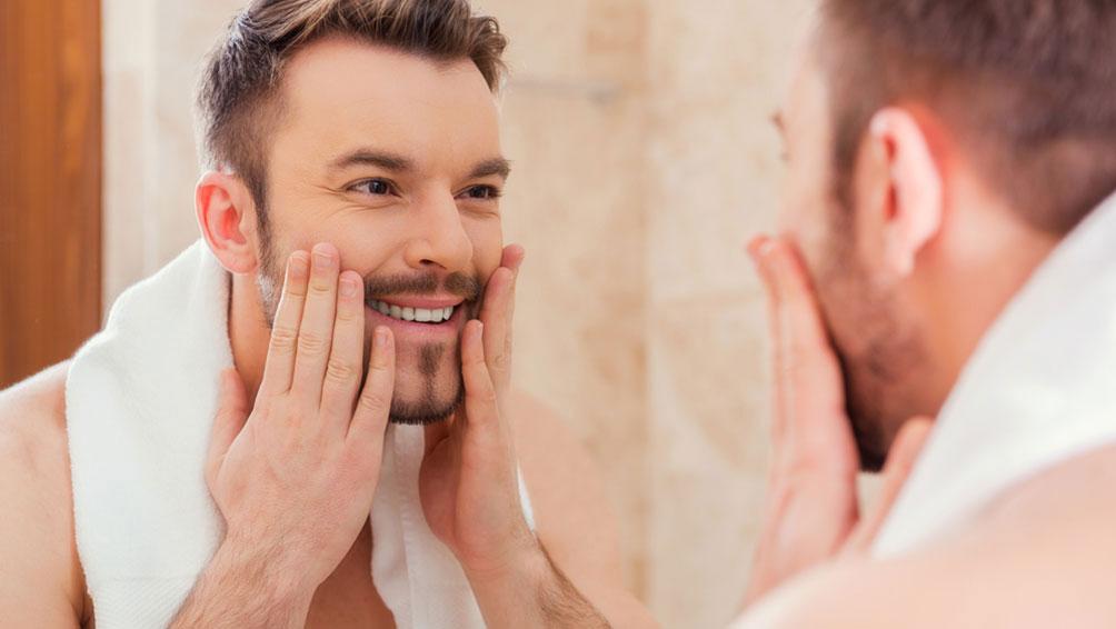 エステに通わなくても、毎日のケアで毛穴の黒ずみは改善できる!