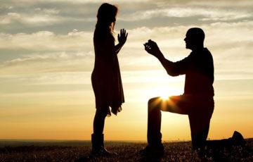 婚約指輪のブランドで人気なのはどこ?値段の相場も紹介します!