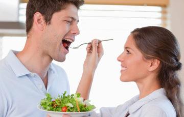 男性が妊活を始めるなら、まずは食事に気を付けよう!