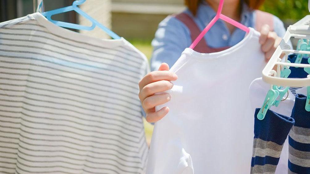 その1:汚れた服をすぐに洗う