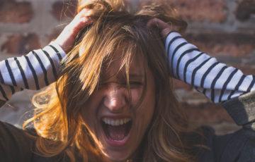 仕事でイライラ!ストレスの効果的な解消法と溜め込まないコツ