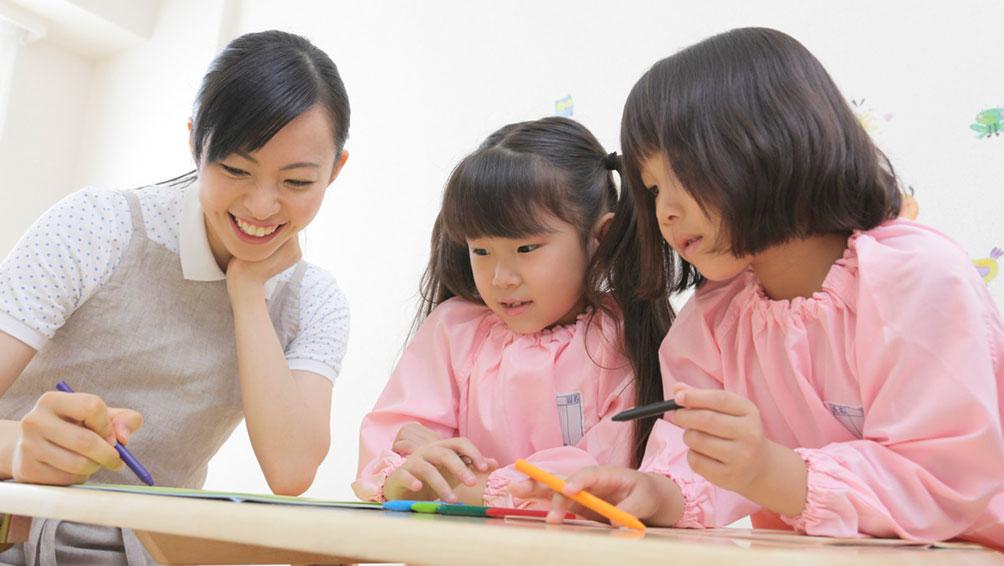 幼稚園はどんな所?私立と公立ではどんな違いがあるの?