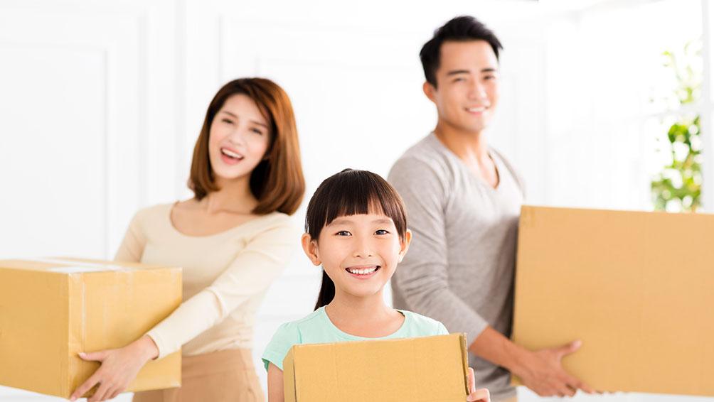 家族で転勤に帯同する場合のメリット&デメリットは?
