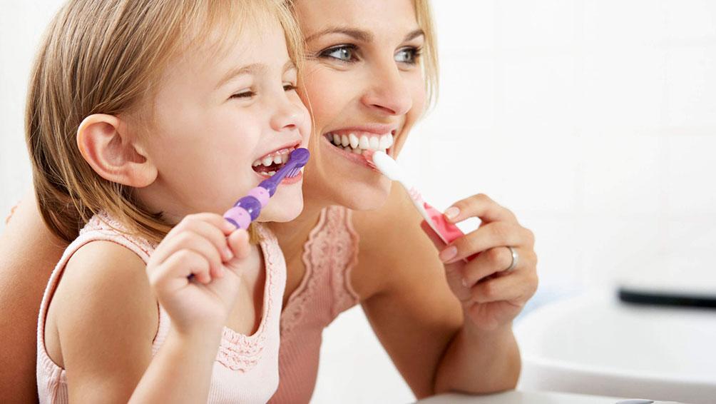 嫌がらないように工夫しながら、歯磨きの習慣を身につけよう!