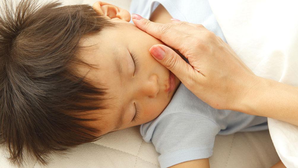 トントン以外にもあります!入眠の時の寝かしつけスキンシップ