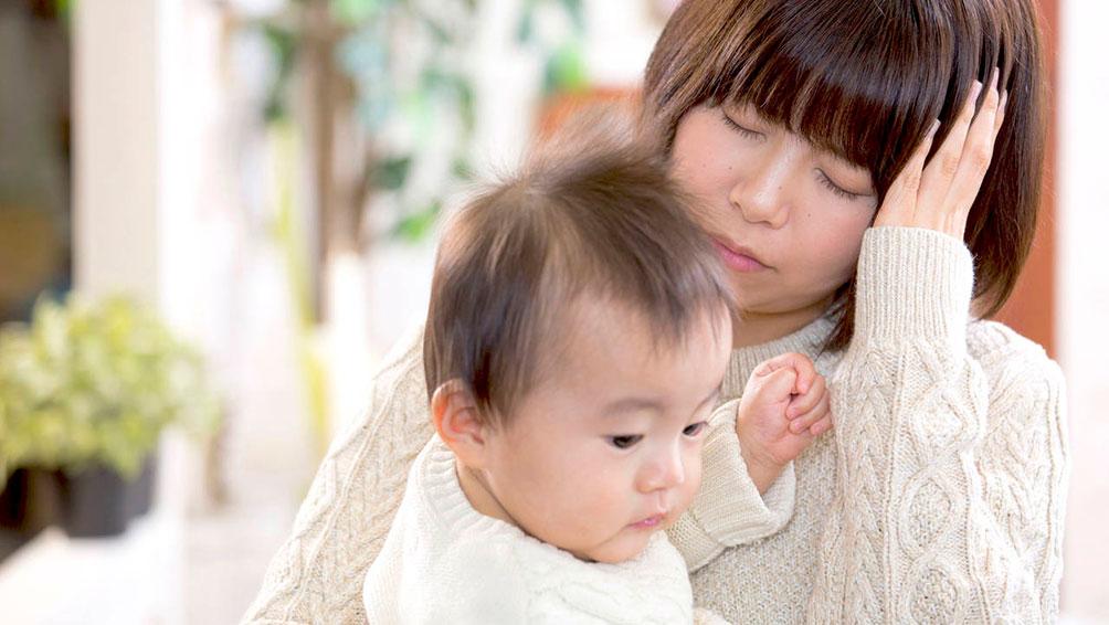 赤ちゃんとの生活がスタート!多くのママが感じる「母乳不足感」