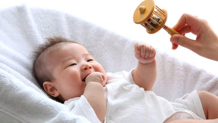 【プロ執筆】新生児の生活リズムの作り方|外出の注意点や環境整備もアドバイス