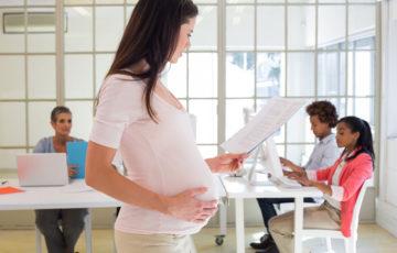 産休前に確認を!社内・社外への挨拶メールの書き方と注意点