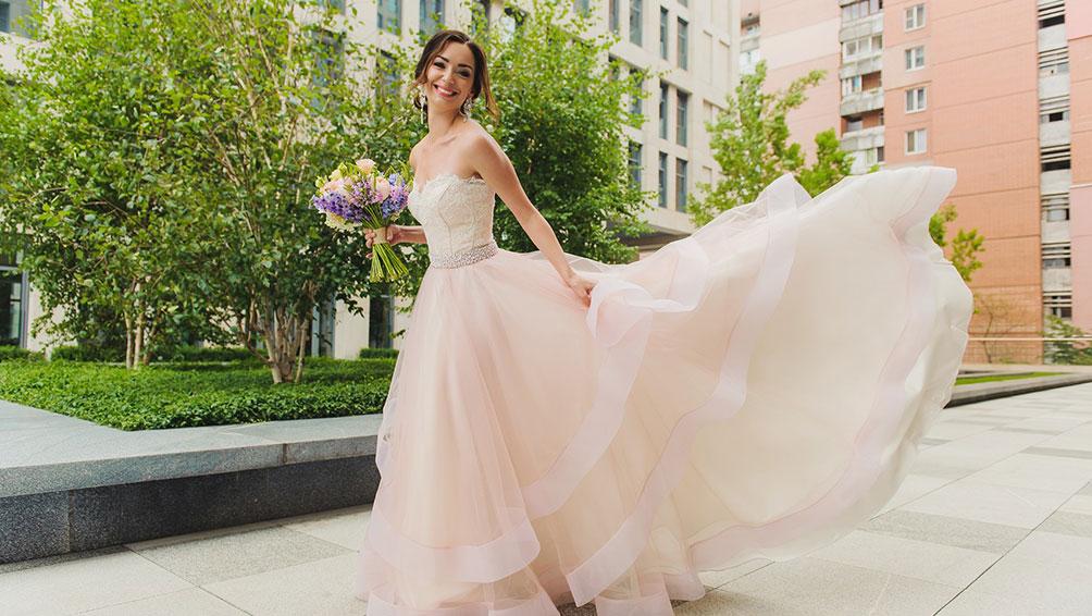 お色直しを成功させたい!花嫁さん必見のカラードレス選びのコツ