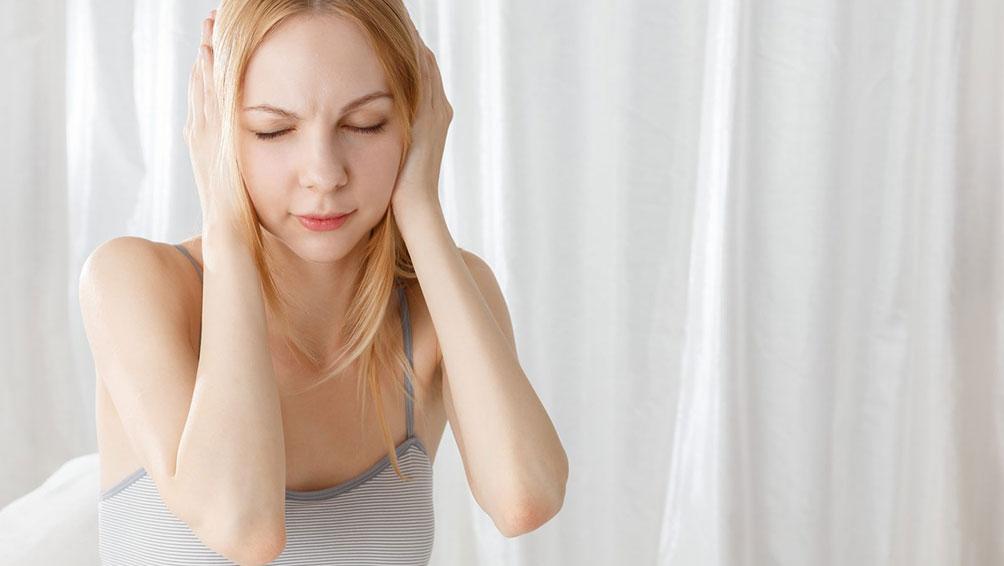 """>生理前に訪れるイライラや不安は、PMSの可能性アリ!""""></p> <h3>その症状、実はPMSかも!?あまり知られていない症状や原因とは</h3> <p>PMS(月経前症候群)とは、<span class="""
