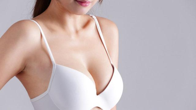 胸の下垂(たれる)はなぜ起こる?改善する方法はあるの?