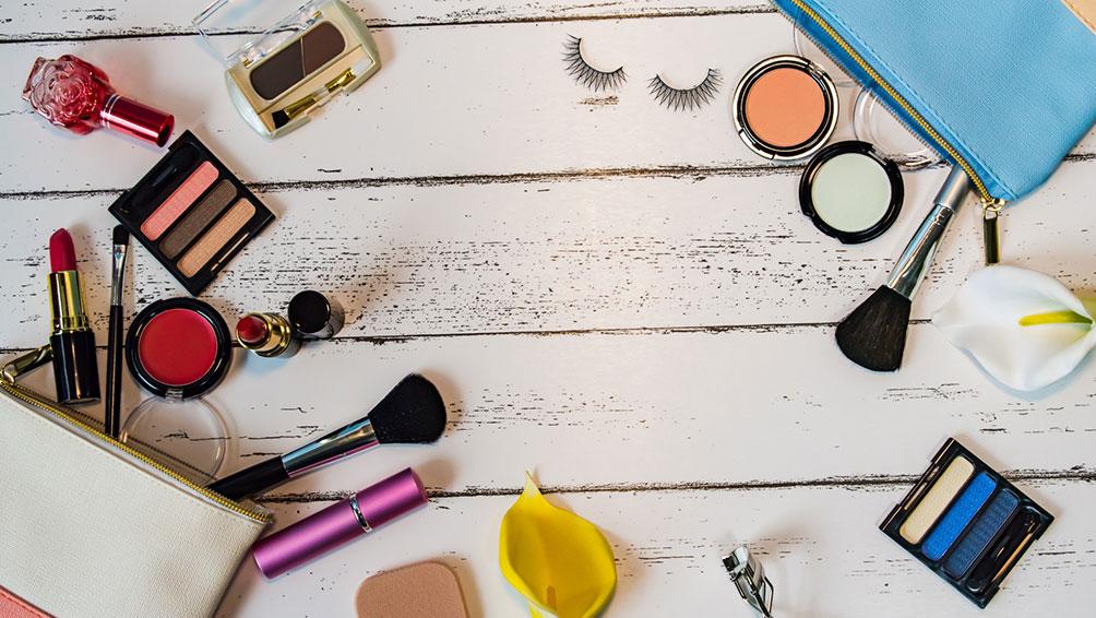 毎日使う化粧品こそ、適切な保存方法を守って早めの使用を!