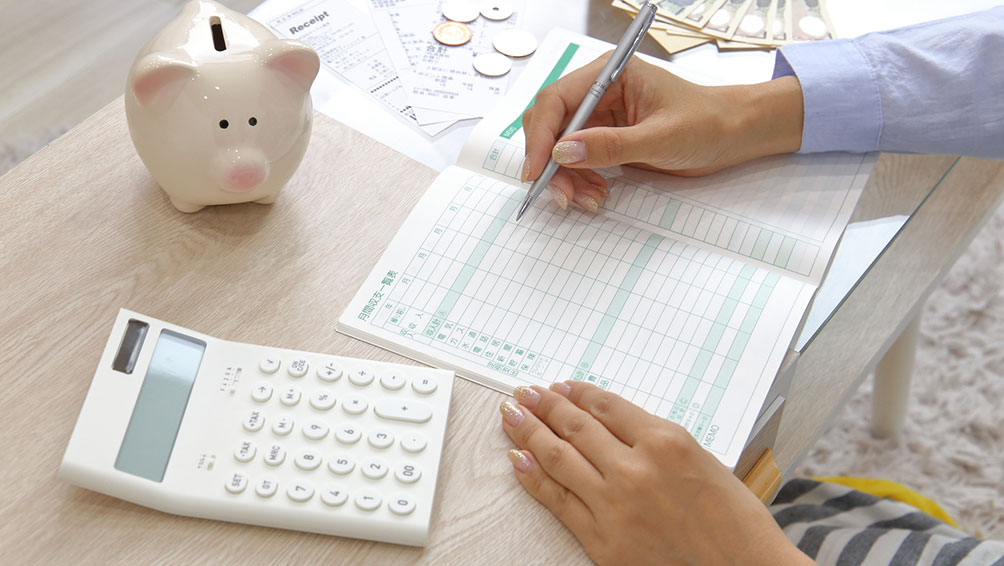 共働き夫婦の収入や家計管理の調査結果から見る傾向